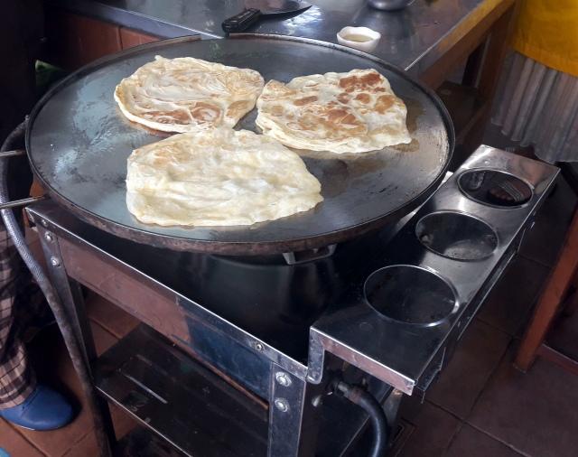 kampung kuala lumpur malaezia lazat cooking school roti canai